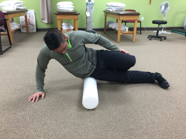 Foam Rolling TFL and Glute Med