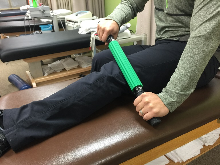 Using Massage stick for Distal ITB insetion